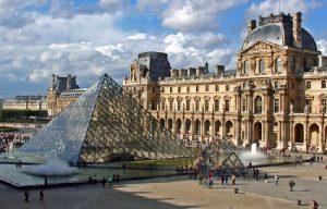 come saltare la fila al Louvre