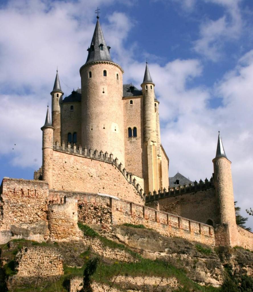 Castelli più belli del mondo: 10 luoghi da visitare