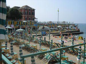 Costo ombrelloni e sdraio in Liguria
