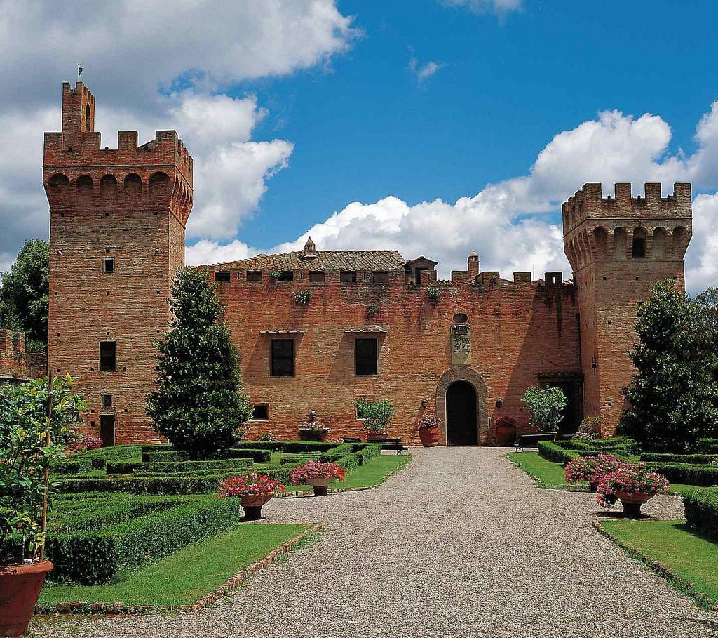 Castello di Oliveto – Castelfiorentino - Firenze