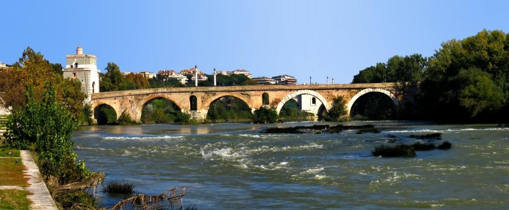22. Ponte Milvio - Roma