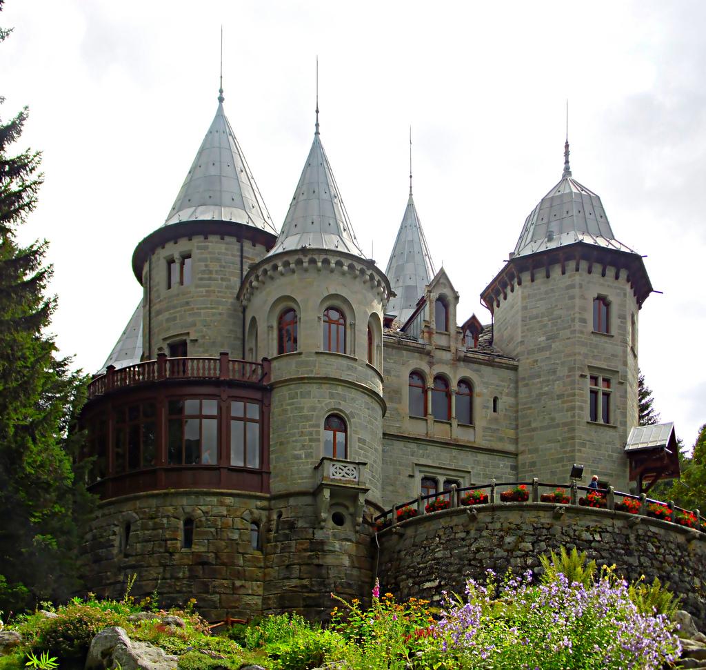 Castello di Savoia - Val d'Aosta