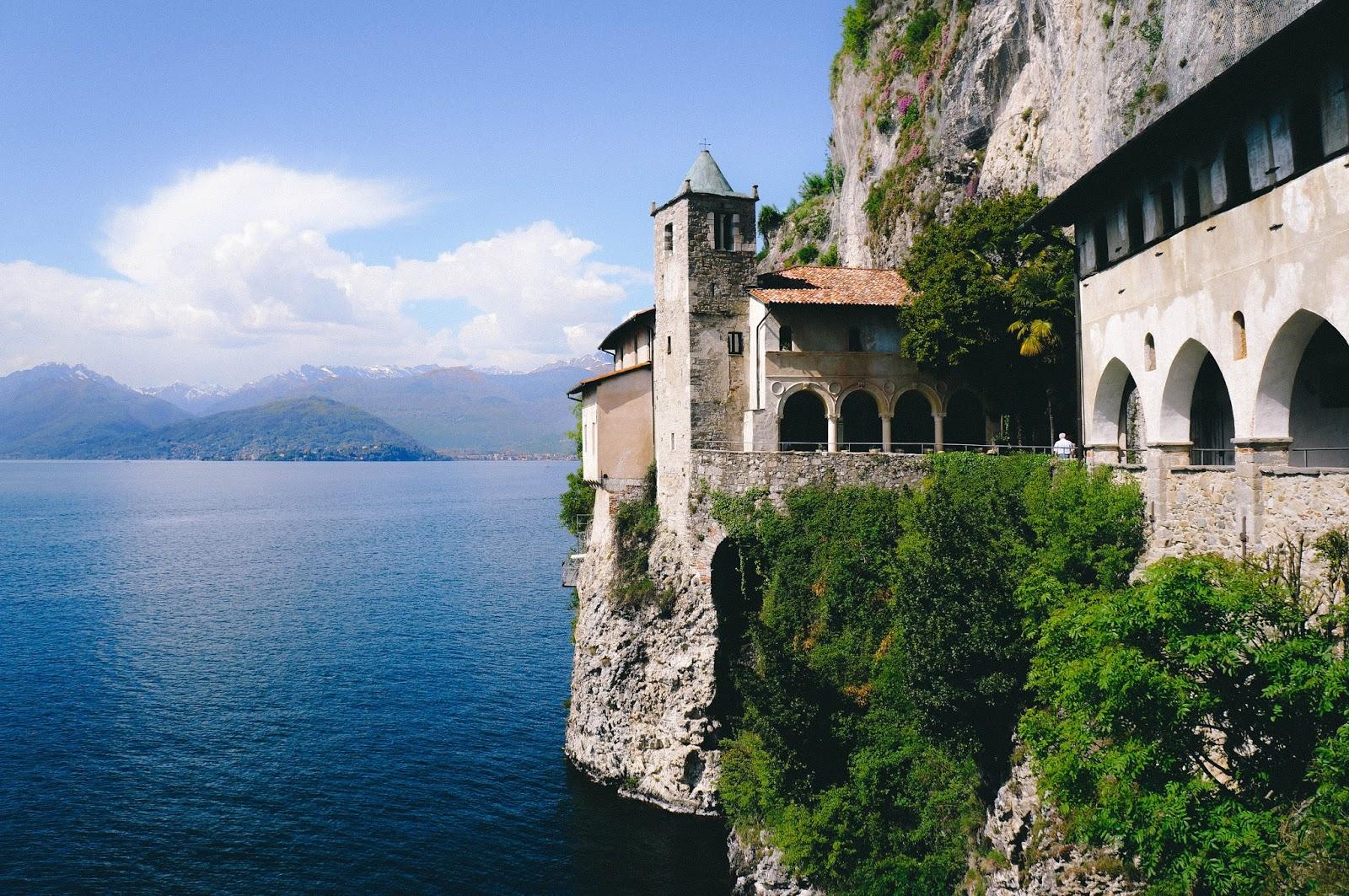 Eremo di S. Caterina del Sasso - Lago Maggiore – Leggiuno – Varese