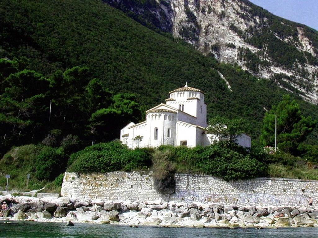 Chiesa di Santa Maria di Portonovo – Ancona