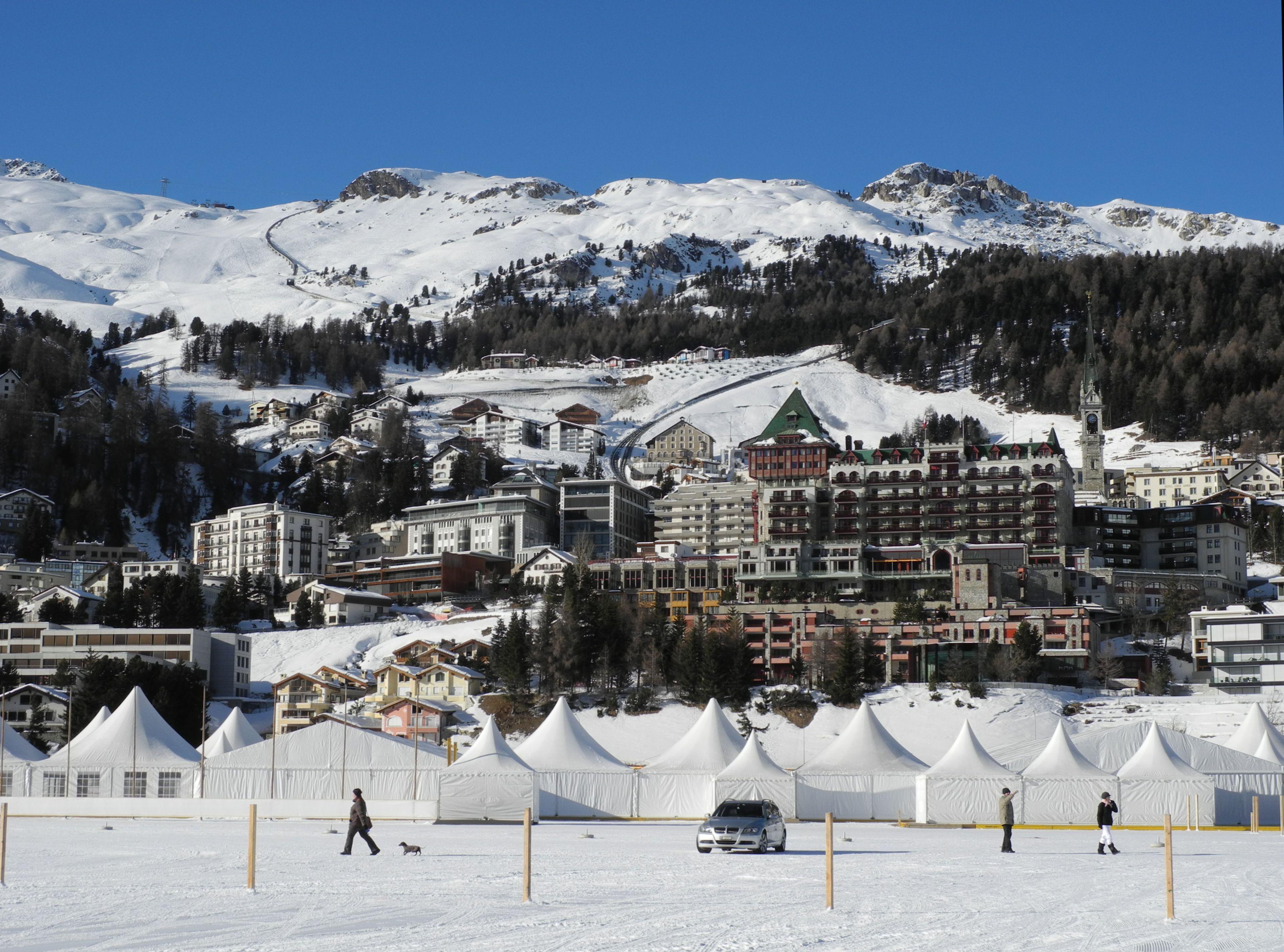 Dorf Saint Moritz