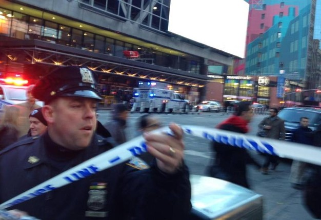 Attentato a New York: telecamera riprende il momento dell'esplosione VIDEO